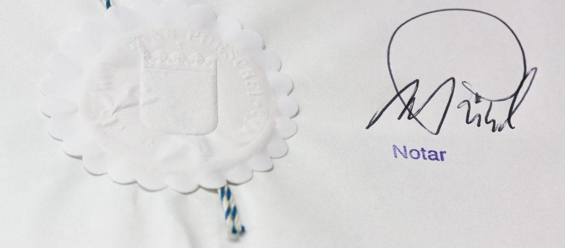 Brief und Siegel: nicht alles was Recht ist, rechnet sich auch gut